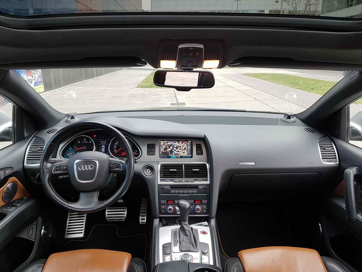 Audi Q7 V12 TDI quattro_16