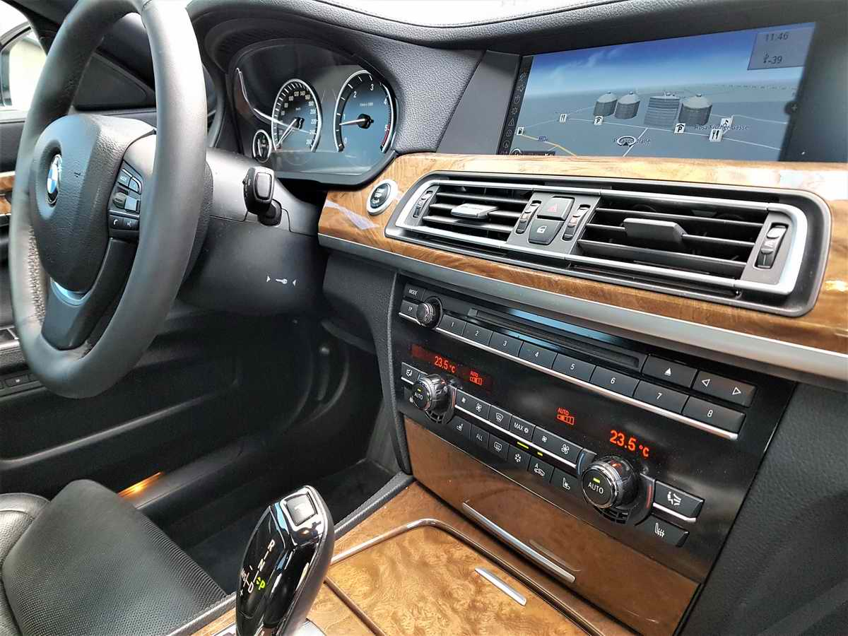 BMW 730d F01_06