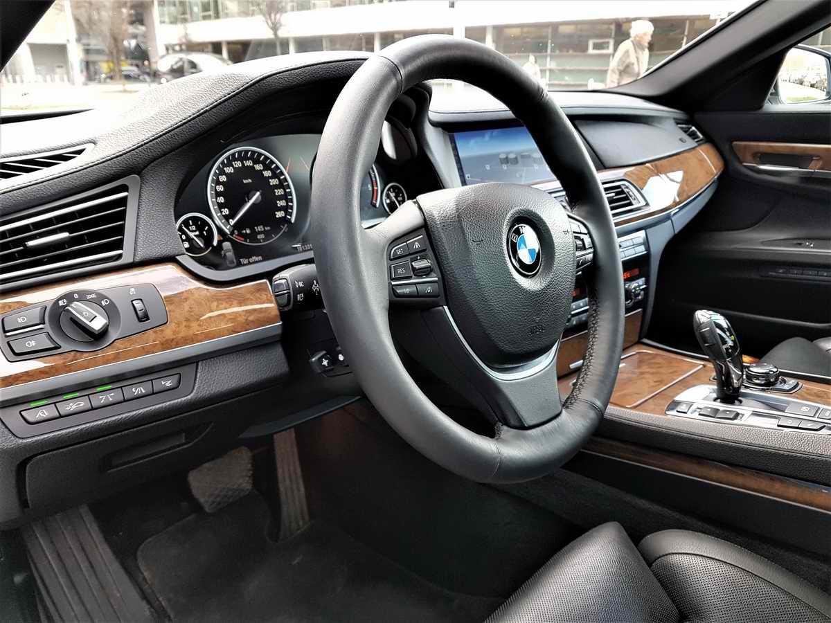 BMW 730d F01_07