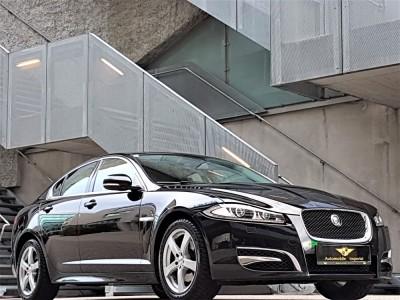 Jaguar-XF 02